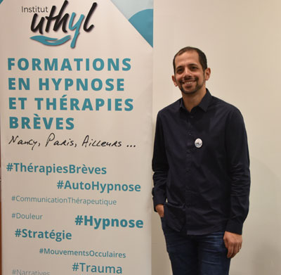 https://www.hypnose-ericksonienne.org/agenda/1ere-annee-Session-2-Techniques-de-base-de-l-hypnose-2-Pratiques-avancees-3-jours-Nancy-Groupe-A_ae673821.html