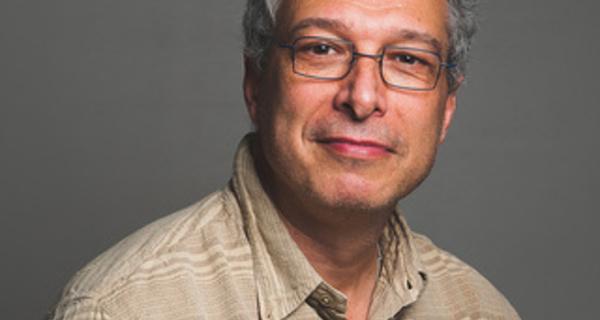 Prise en charge précoce d'un traumatisme psychologique grave après une erreur d'injection en salle de réveil. Gil Hubert