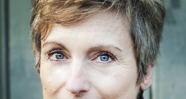 Quand le corps se pose en médiateur contre la douleur. Michèle Quintin au Congrès Hypnose et Douleur 2016