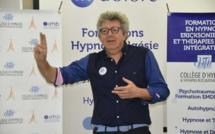 Congrés Dépressions Hypnose et Thérapies Brèves: Laurent GROSS - Toucher avec les mots, parler avec les mains - 1ère partie