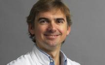 De l'utilisation de séances d'hypnoses collectives pour diminuer l'anxiolyse pré-opératoire